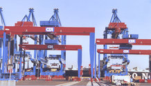 52 stacker cranes (RMG), one inner & one outer crane each